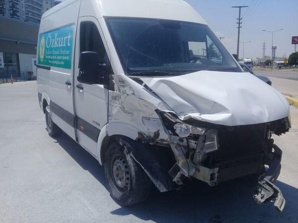İzmir'de trafik kazası:9 yaralı