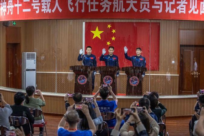 Çin'in ilk taykonot ekibi belirlendi