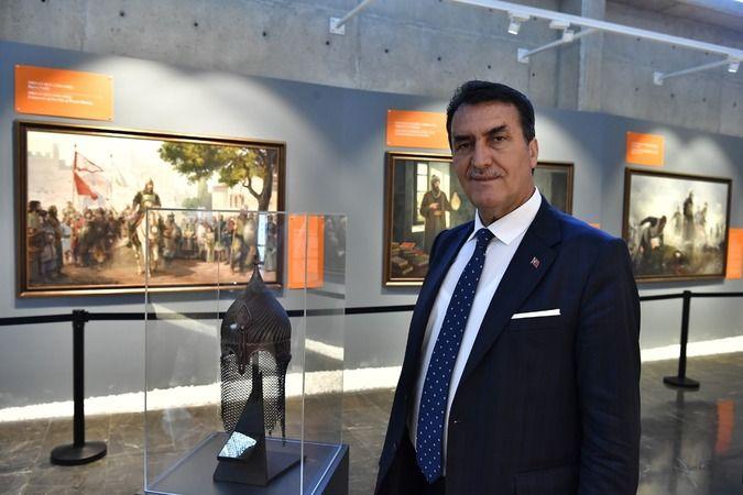 Orhan Gazi'ye ait olan miğferin replikası Fetih Müzesi'nde