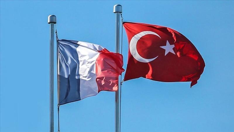 Fransa Türkiye'yi kırmızı listeden çıkardı