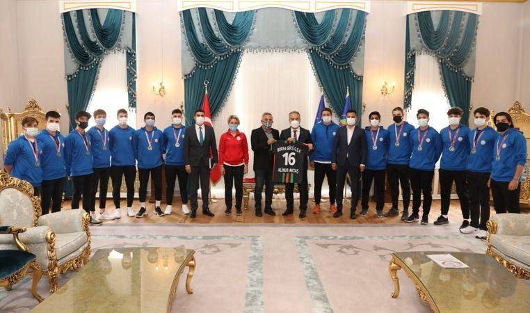 Bursagücü Spor Kulübü'nden Başkan Aktaş'a ziyaret