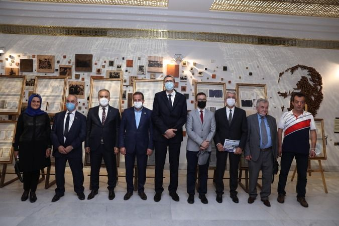 'Osmanlı Dönemi Bosna Edebi Eserleri Sergisi' izlenime açıldı.