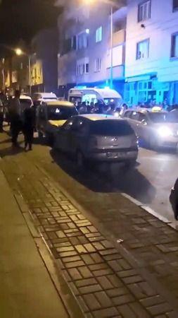 Bursa'da yayaya çarpan taksici mahalleli tarafından darp edildi