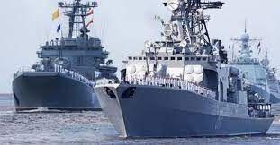Rus savaş gemisi Karadeniz'de İngiliz gemilerine ateş açtı