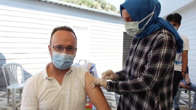 BOSAB'da 1 günde bin kişi aşılandı