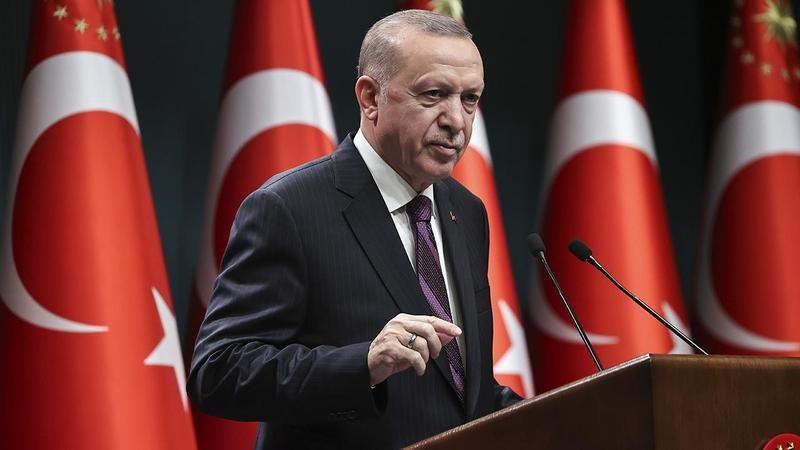 Cumhurbaşkanı Erdoğan, 55 milletvekiliyle AK Parti Genel Merkezi'nde görüştü