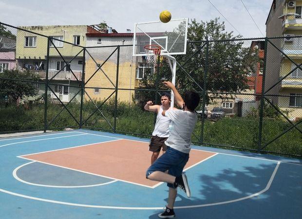 Osmangazi Belediyesi gençleri sporla buluşturmaya devam ediyor