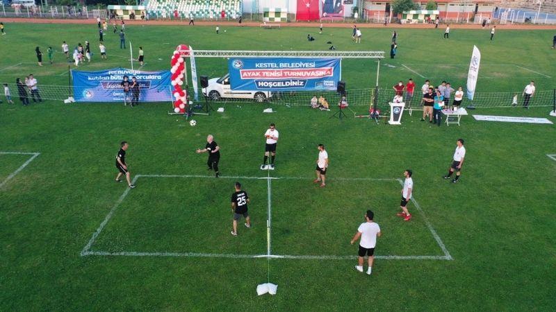 Bursa'nın ilk ayak tenisi turnuvası Kestel'de