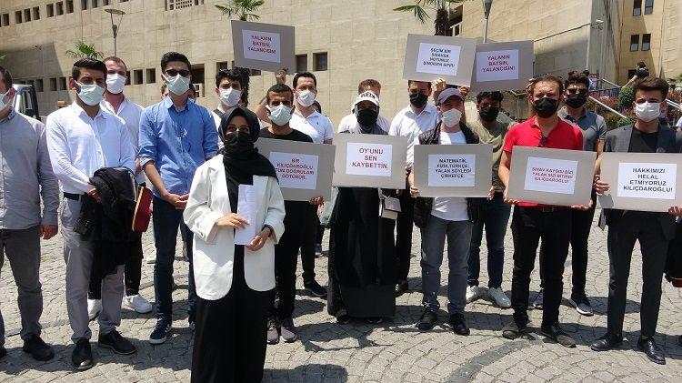 Bursalı öğrencilerden Kılıçdaroğlu'na 1 liralık tazminat davası