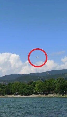 Bursa'da eğitim uçağı armut bahçesine mecburi iniş yaptı