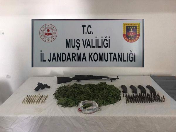 Muş'ta uyuşturucu ve silah kaçakçılığı operasyonu