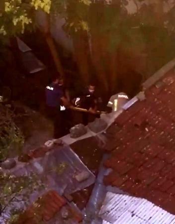 Bursa'da itfaiyeden hırsız kurtarma operasyonu