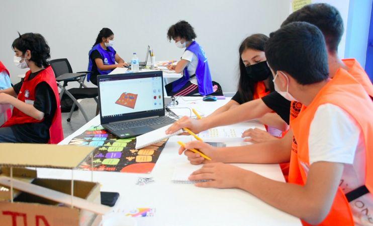 Bursa Çocuk Girişimci Merkezi'nde geleceğin girişimcileri yetişiyor
