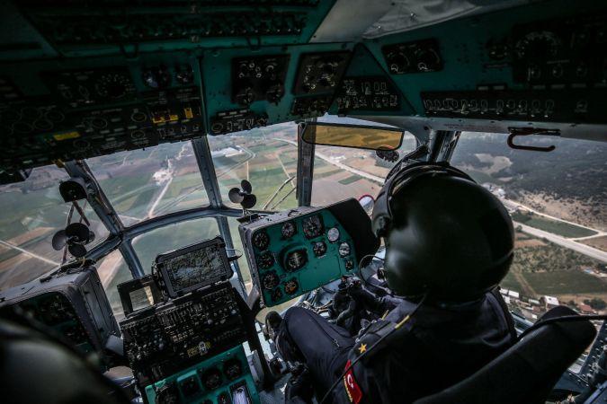 Bursa'da jandarma, helikopter destekli trafik denetimi