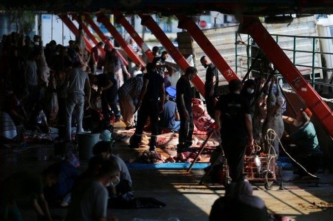 Bursa'da Oto pazarı değil, kurban pazarı