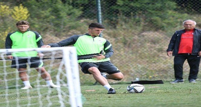 Bursasporlu futbolcular kuvvet çalışması yaptı