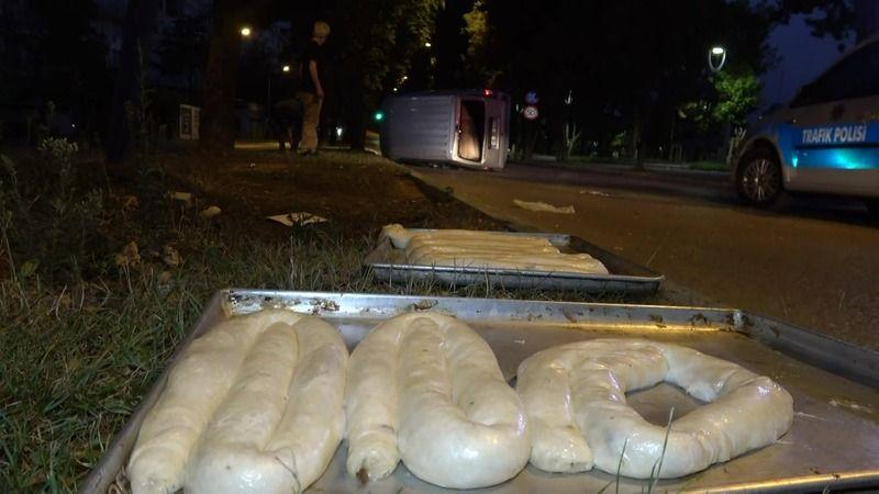 Bursa'da hamur taşıyan araç takla attı
