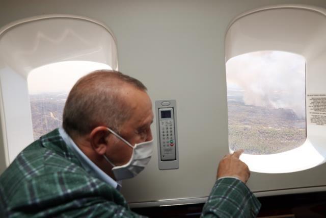 Cumhurbaşkanı Erdoğan yangın bölgelerini inceledi