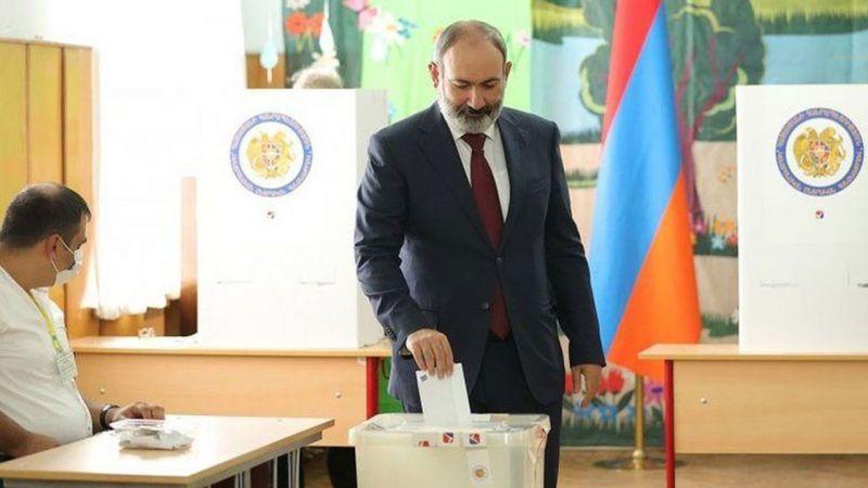 Ermenistan'da Paşinyan yeniden Başbakan oldu