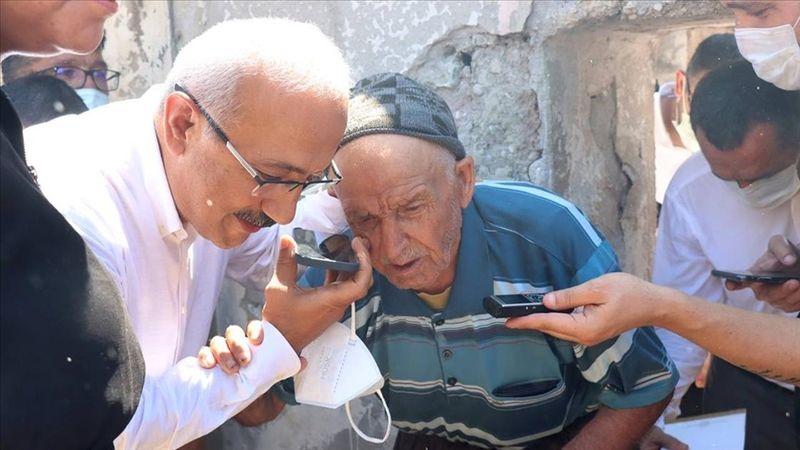 Cumhurbaşkanı Erdoğan yangında evi zarar gören yaşlı kişiyle telefonda görüştü