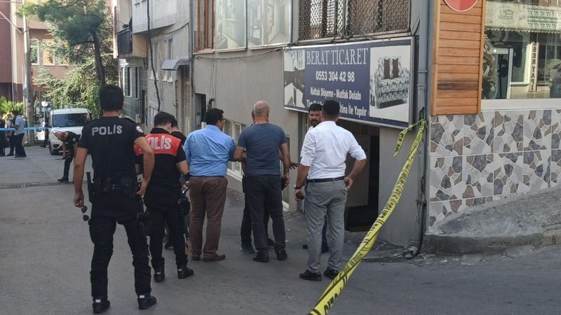 Bursa'daki işyerinde kurşun yağmuruna tutuldu