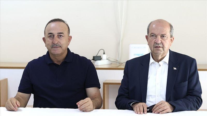 Bakan Çavuşoğlu'ndan yangın açıklaması