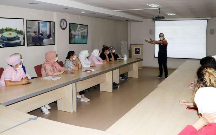 Bursa'da sağlık çalışanlarına afet eğitimi