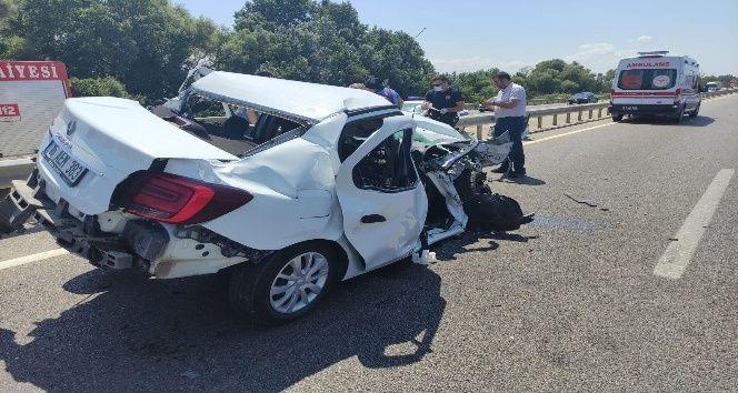Bursa Karacabey'de kaza 3 yaralı