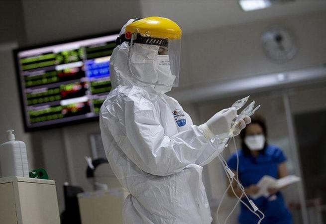 Prof. Ünal uyardı: Aşının koruyamadığı varyantlar çıkabilir