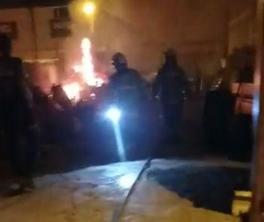 Bursa'nın İnegöl ilçesi Organize sanayi bölgesinde bulunan Hurdalıkta çıkan yangın itfaiye ekiplerince söndürüldü.