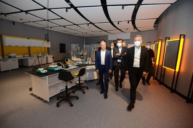 AK Parti Bursa'dan GUHEM'e ziyaret