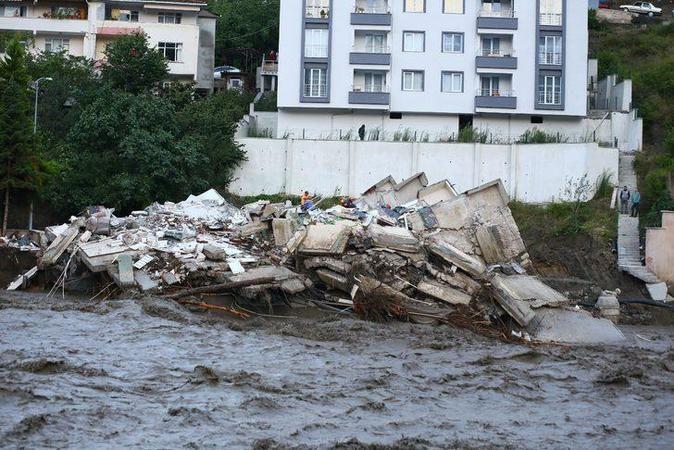 Kastamonu'daki sel felaketinde hayatını kaybedenlerin sayısı arttı