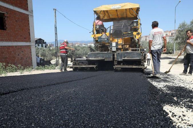 Mudanya'da asfalt çalışmaları devam ediyor