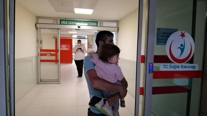 Bursa'da küçük çocuğa köpek saldırdı