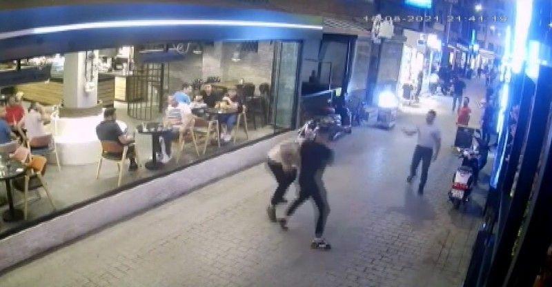 Isparta'da 2 grup arasındaki kavga çıktı boks maçını aratmayan görüntüler