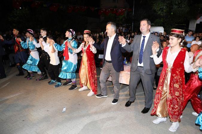 Bursa Büyükşehir Belediye Başkanı Alinur Aktaş Kosova'nın Mamuşa Belediyesi tarafından düzenlenen Uluslararası 13. Mamuşa Domates Festivali'ne katıldı