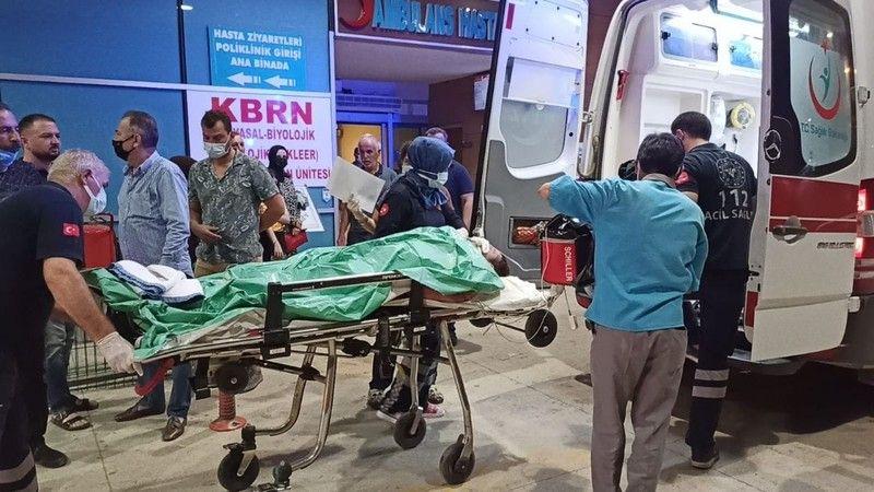Bursa'nın İnegöl ilçesinde apartman dairesinde sigara içerken uykuya dalınca çıkan yangında ağır yaralı olarak hastaneye kaldırılan kişi, tüm müdahale