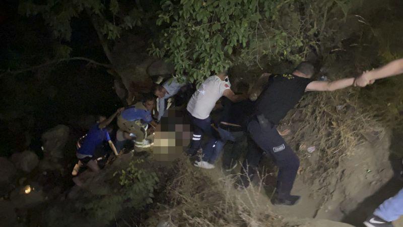 Bursa'nın İnegöl ilçesinde meydana gelen olayda 6 metre yükseklikten dere yatağına düşen kişi öldü.