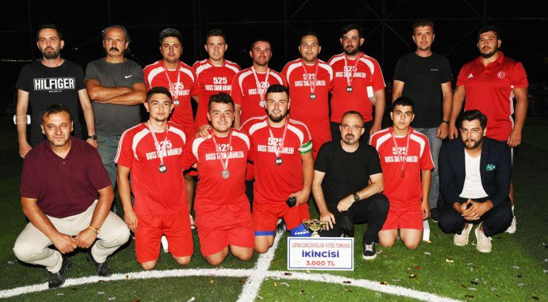 AK Parti Lapseki Gençlik Kollarının düzenlediği Yaz Futbol Turnuvası sona erdi