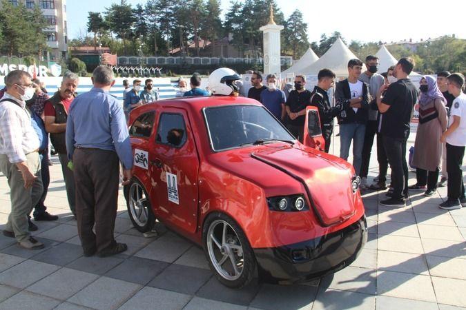 Yakutiye Anadolu İmam Hatip Lisesi öğrencileri tamamen yerli imkanlarla elektrikli araba üretti. İmam Hatip Lisesinde okuyan öğrenciler yerli elektrik