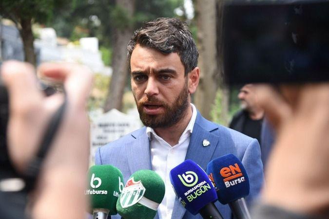 """Bursaspor 2. Başkanı Emin Adanur, sosyal medya hesabı üzerinden bir taraftarın sorusuna sert tepki gösterd.  Adanur, """"Benim taraftarımızdan beklentim,"""