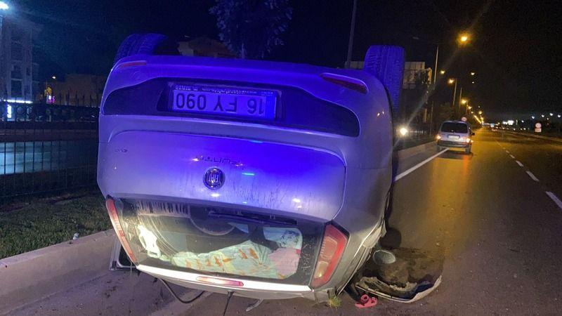 Bursa'nın İnegöl ilçesinde meydana gelen kazada kontrolden çıkan otomobil takla atarak ters döndü. Kazada araç sürücüsü yaralandı.