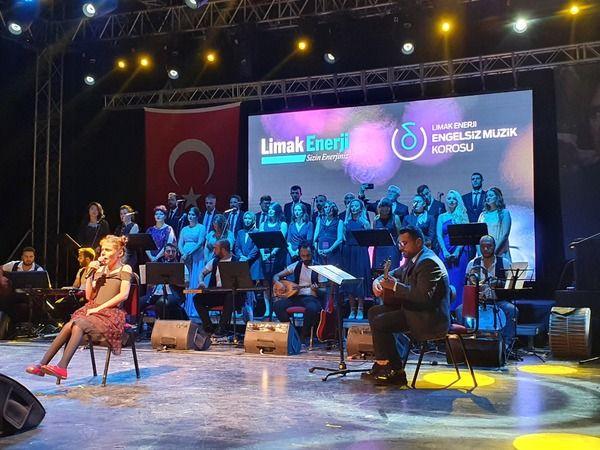 Bursa'da Engelsiz Müzik Korosu ile engeller aşıldı