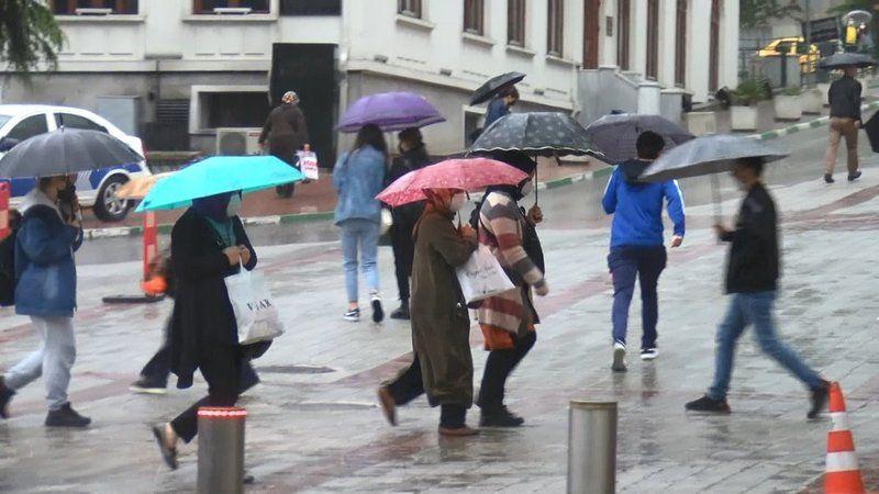 Meteoroloji Genel Müdürlüğü  Bursa için 13 Eylül 2021 Pazartesi günü hava tahmin raporunu yayınladı. Bu verilere göre, Bursa'da bugün hava sıcaklığı g