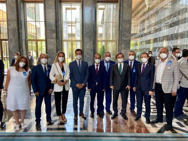 """Cumhurbaşkanlığı İletişim Başkanlığı tarafından hazırlanan ve AK Parti tarafından Meclis'e getirilecek olan """"Sosyal Medya ve İnternet Gazeteciliği Yas"""