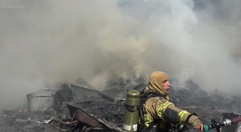 Bursa'da geri dönüşüm tesisinde yangın çıktı