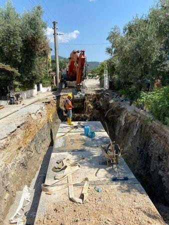 Bursa Büyükşehir Belediyesi BUSKİ Genel Müdürlüğü, İznik ilçesinde 14 milyon TL'lik yatırıma imza atıyor. Yapılan büyük yatırımla yağmur suyu giderler