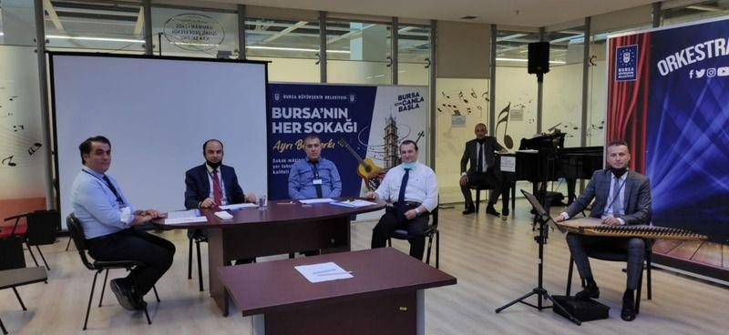 Bursa Büyükşehir Belediye Orkestrası'nda hafta sonu sınav heyecanı yaşandı. Orkestraya katılım için gerçekleştirilen sınavda 268 sanatçı adayı başarıl