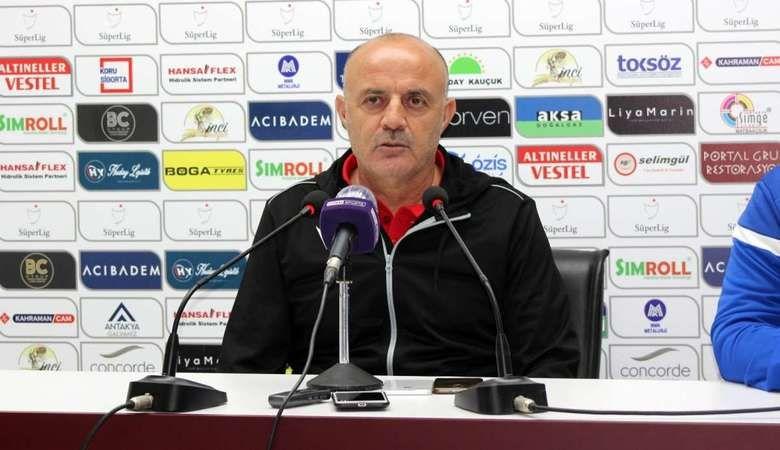 Bursaspor'da yeni teknik direktör Özcan Bizati oldu