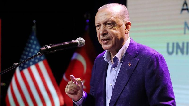 Cumhurbaşkanı Recep Tayyip Erdoğan, BM 76. Genel Kurul Görüşmeleri için bulunduğu New York'ta Amerikan CBS televizyonuna mülakat verdi. Erdoğan, ABD'n